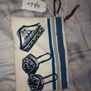 Water resistant bathingsuit travel bag/makeup case